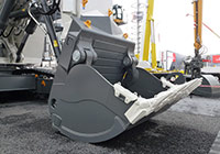 Front bucket made by Solintal mounted on a Liebherr 9200 mining digger